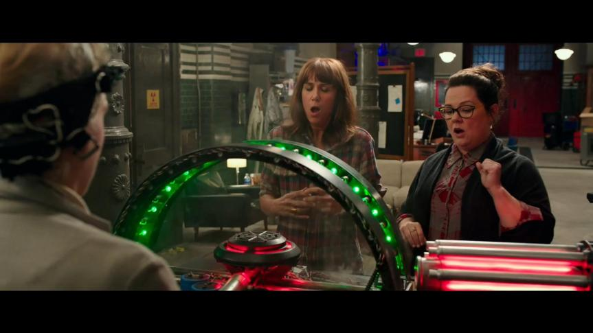 GHOSTBUSTERS - Official Trailer HD - YouTube.mp4_snapshot_01.02_[2016.03.03_19.43.26]
