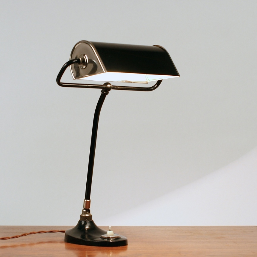 Bauhaus+desk+lamp+1930´s+bordlampe[1]